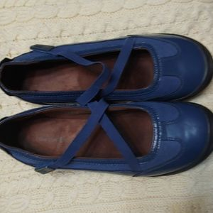 Lands' End ❤ Mary janes